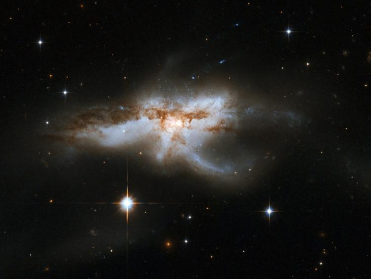 Merging galaxy NGC 6240