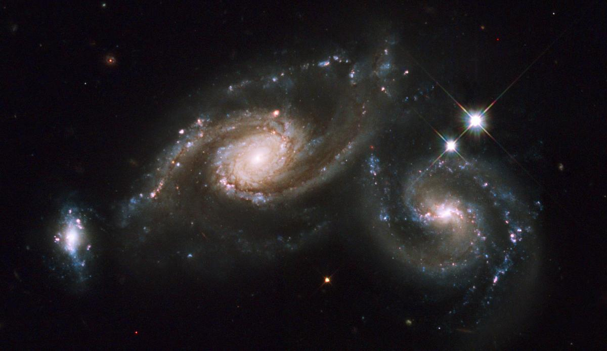 Colliding Spiral Galaxies Arp 274